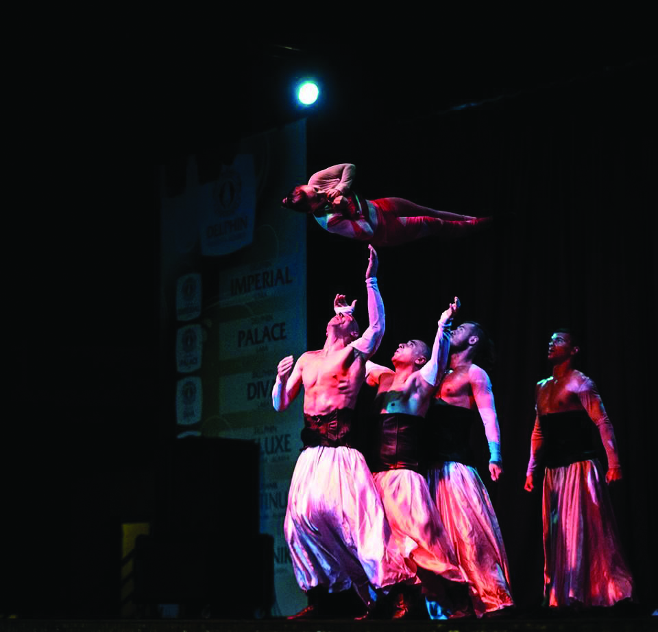 Workshops | Desfile Internacional promove sessões de acrobacias aéreas e marionetas