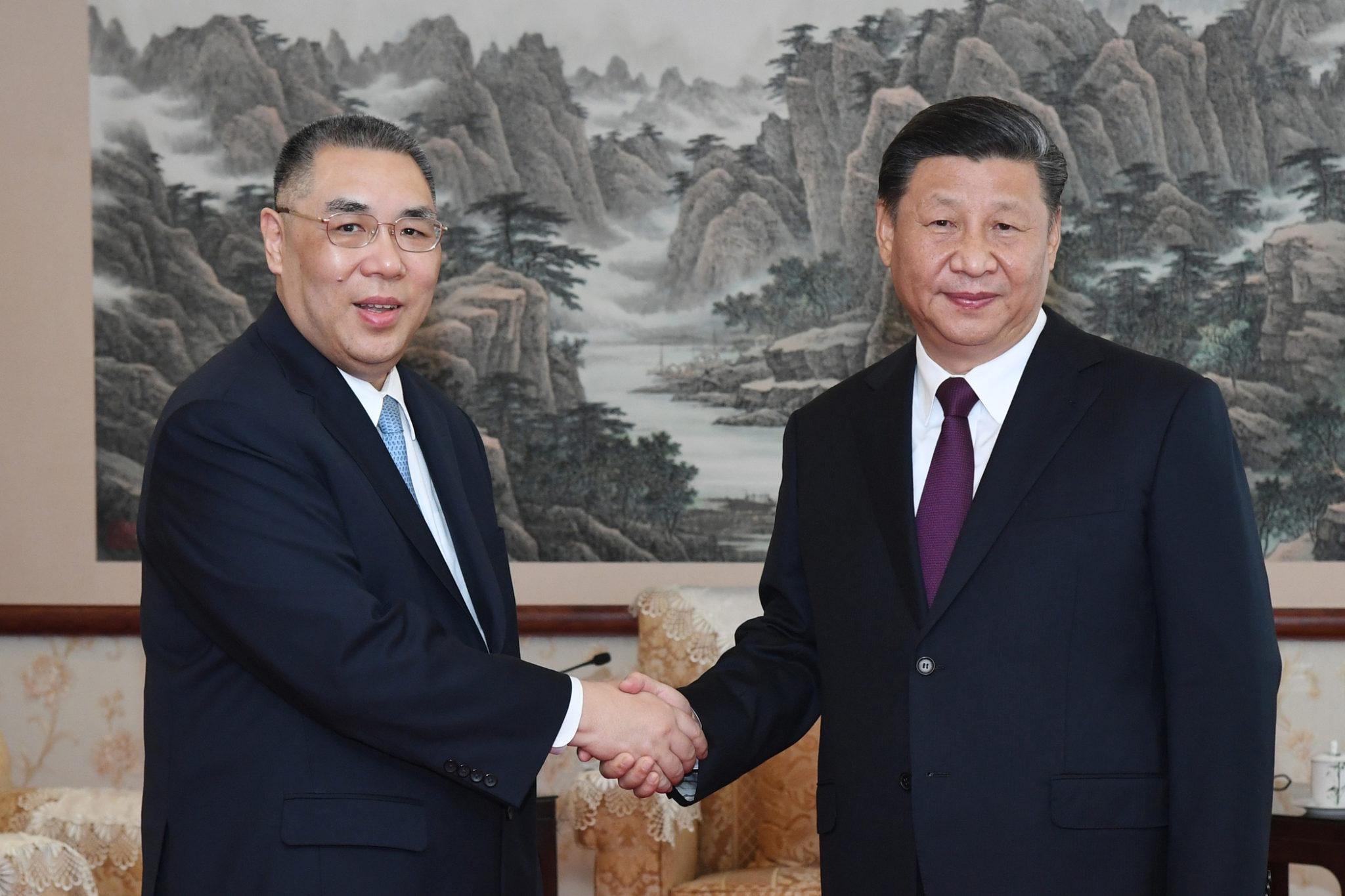 """Xi Jinping sublinha """"harmonia"""" em Macau num período de teste para """"Um País, Dois Sistemas"""""""