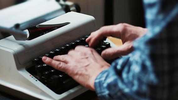 Da imortalidade literária às tentações digitais