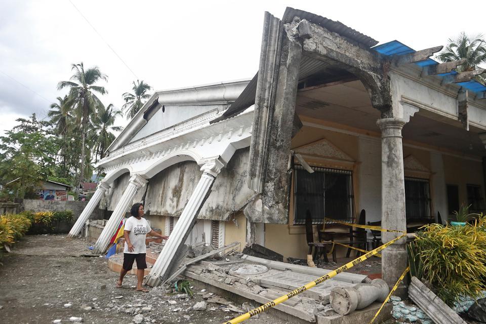 Número de mortes causadas pelo sismo nas Filipinas sobe para quatro