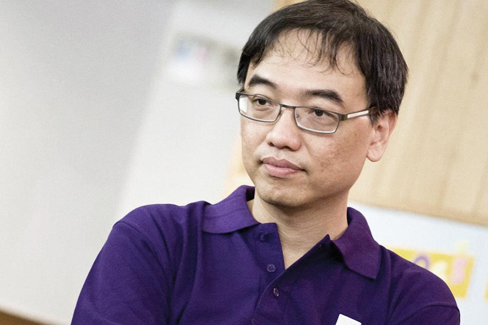 """Leung Kay Yin, professor do Instituto Politécnico de Macau: """"Jovens irão para a rua daqui a cinco ou dez anos"""""""