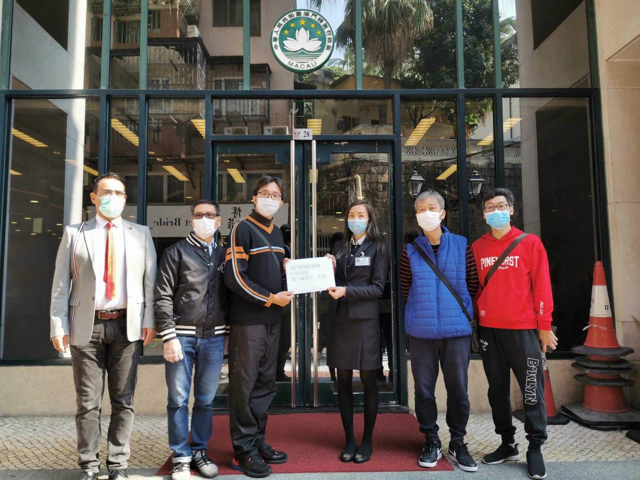 Táxis | Petição pede activação de fundos públicos para apoiar empresas