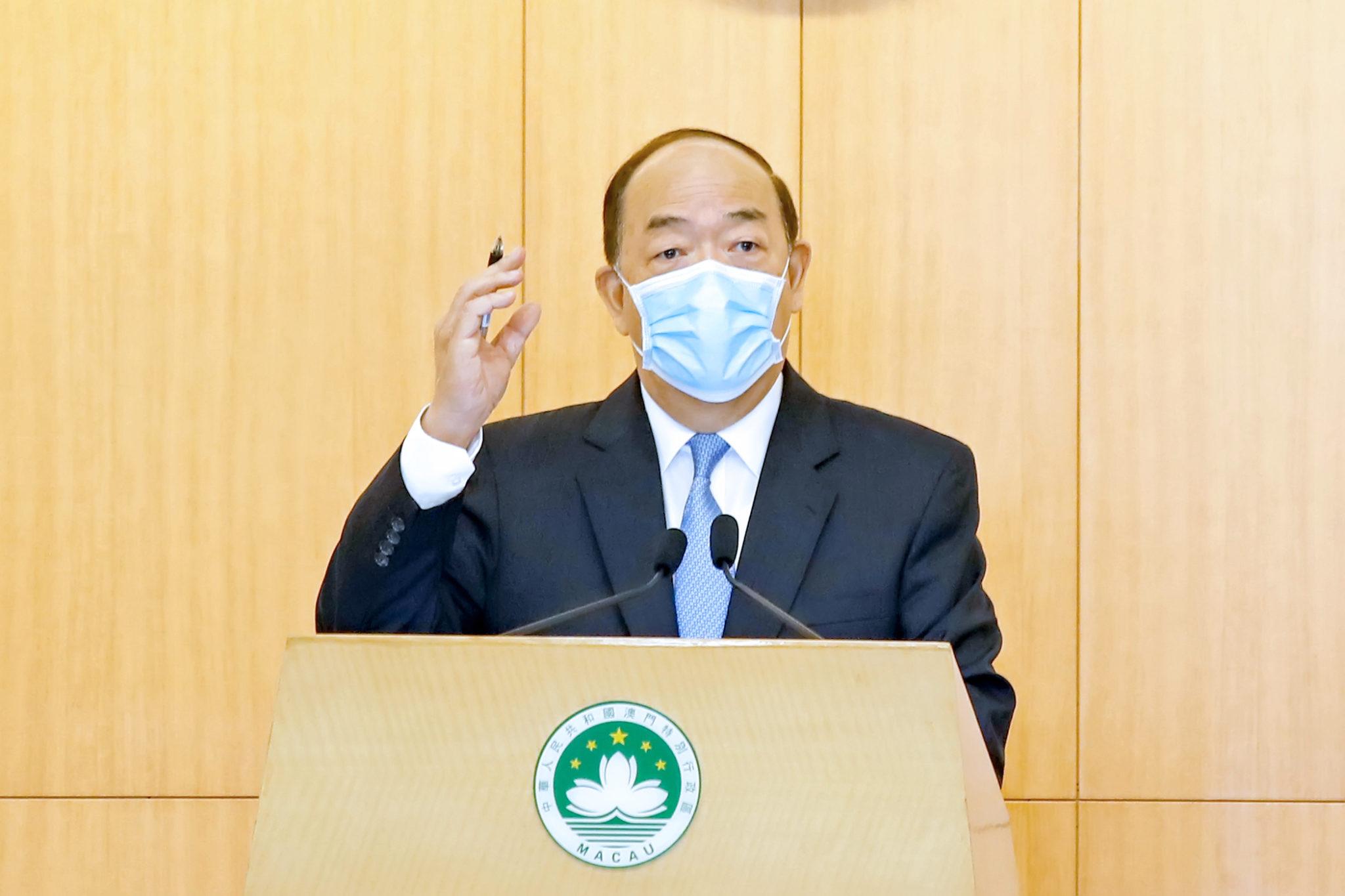 LAG | Ho Iat Seng reconhece problemas na economia, infra-estruturas e Administração