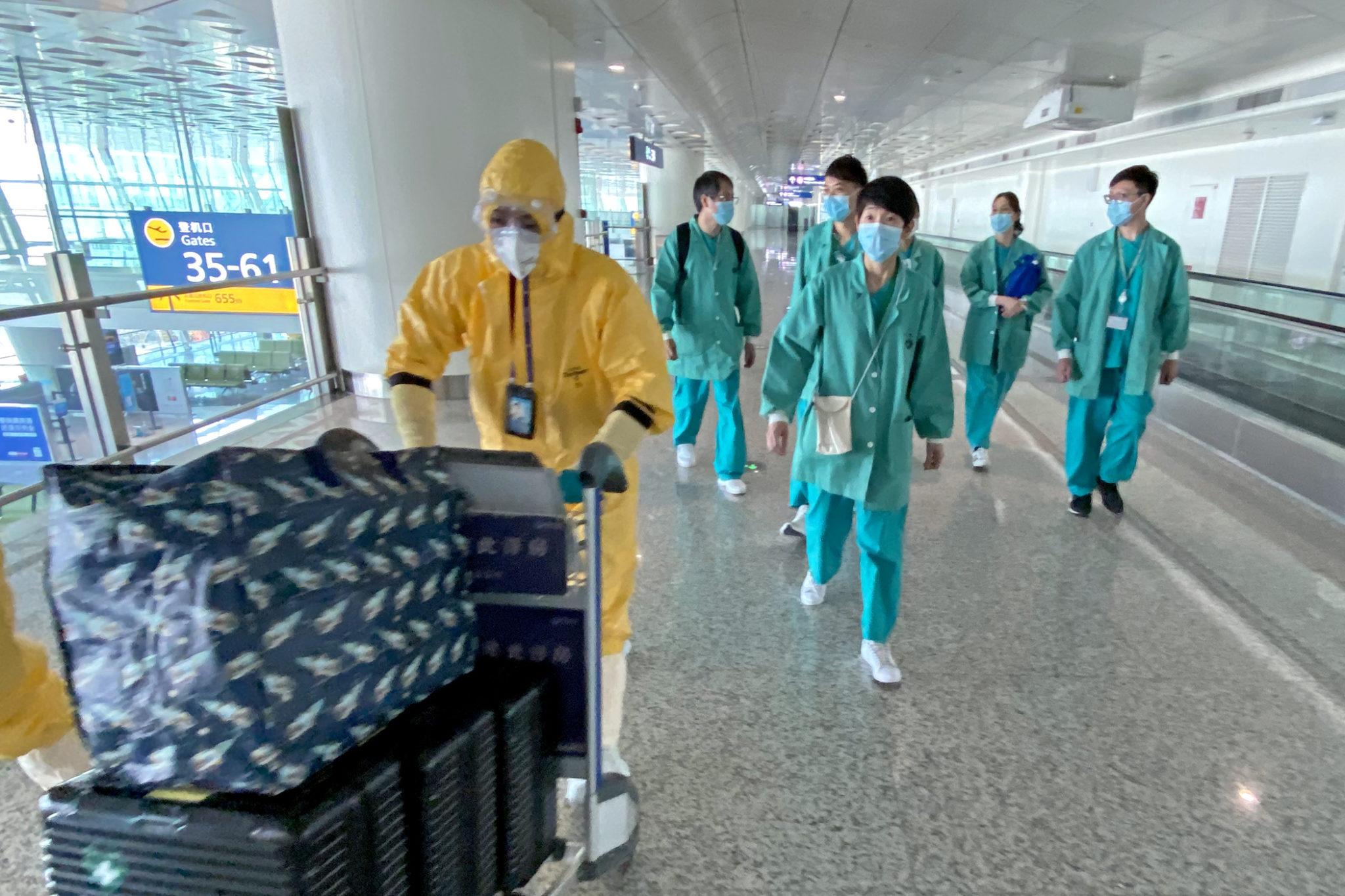 Covid-19   Nove especialistas chineses já estão em Itália para ajudar a travar epidemia