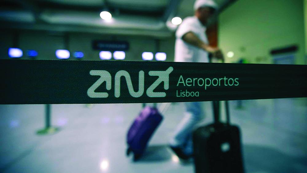 Covid-19   Portugal com dois casos. Portugueses criticam ausência de prevençãono aeroporto