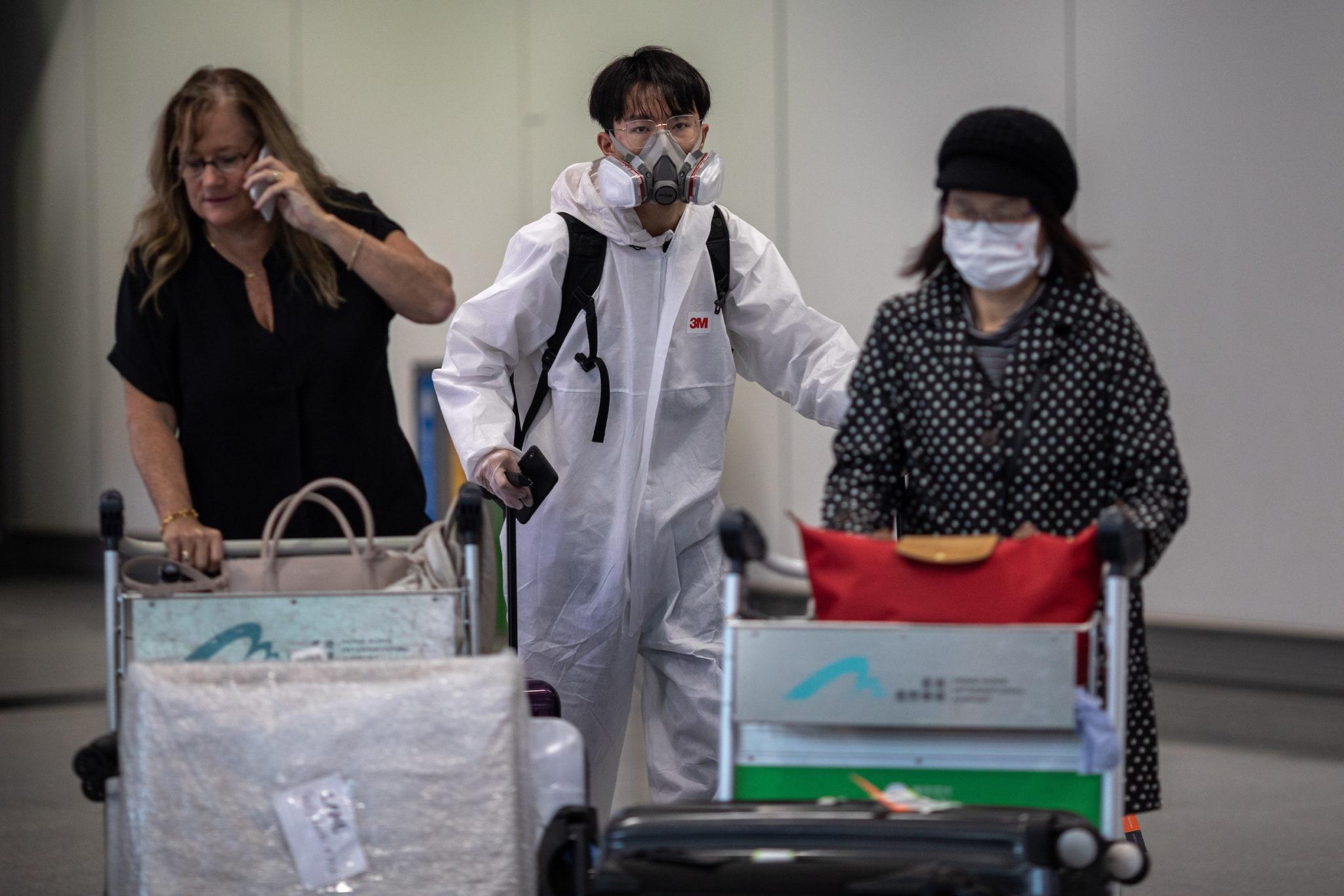 Covid-19 | China apela a trabalhadores que não viajem durante Ano Novo Lunar