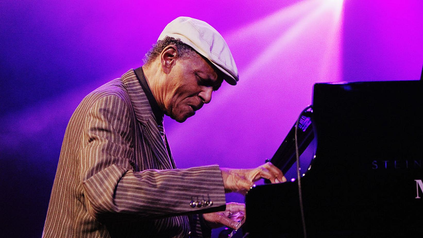 Um pianista de jazz lendário