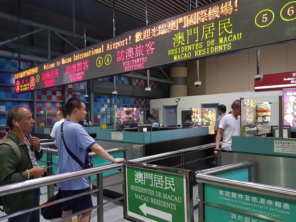 Covid-19 | Governo não comenta negociação de bolha de viagem com Hong Kong