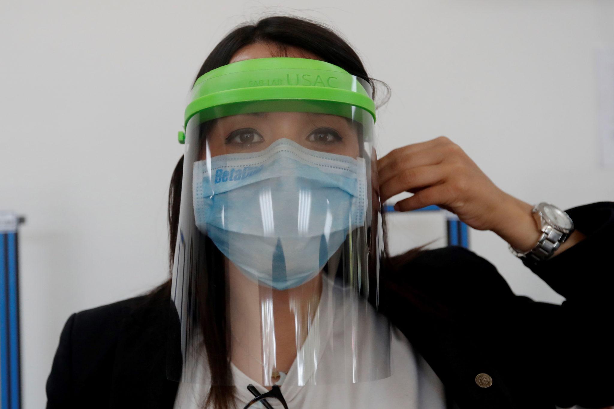 Covid-19 | China identifica 130 novos casos assintomáticos