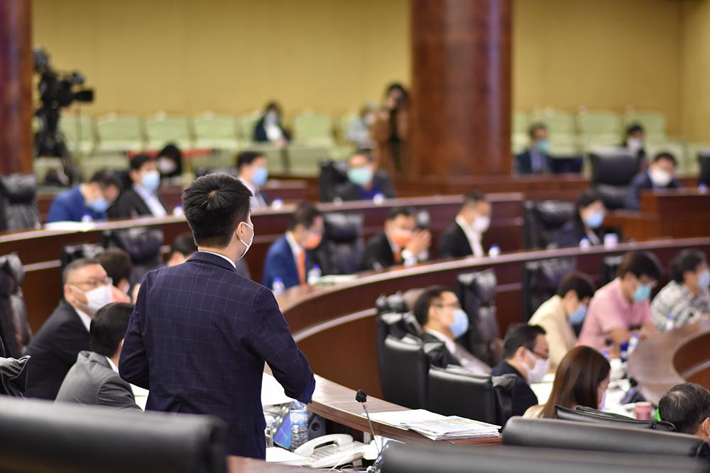 LAG | Sulu Sou abandonou debate em protesto contra Wong Sio Chak