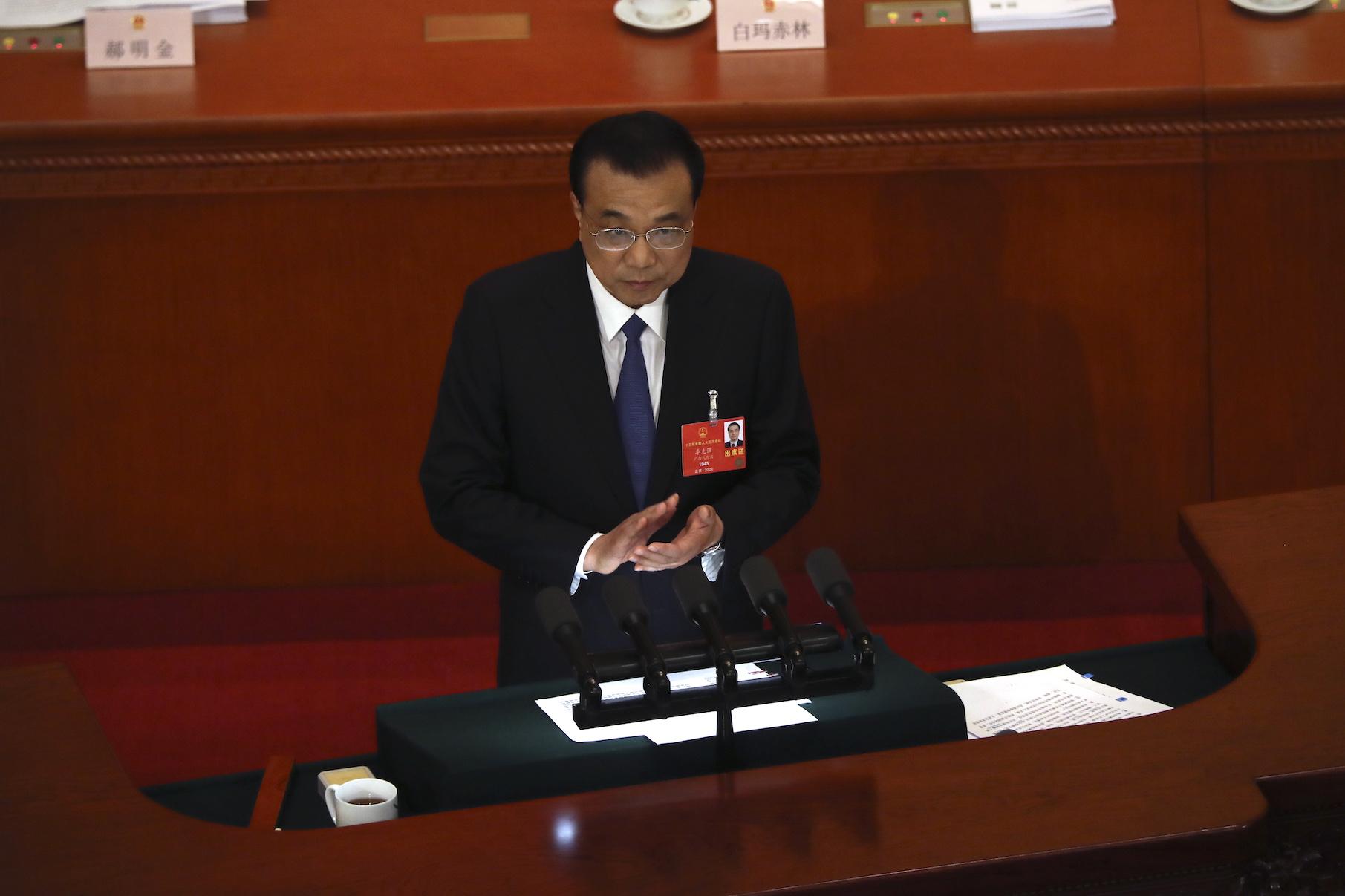 APN | Li Keqiang garante não vai inundar a economia com estímulos