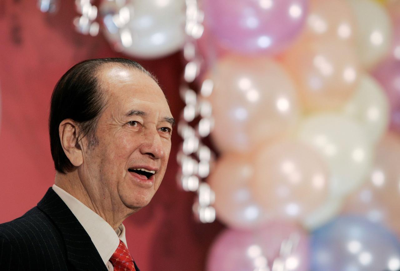 Funeral de Stanley Ho | Advogado diz que herança pode reavivar disputas familiares