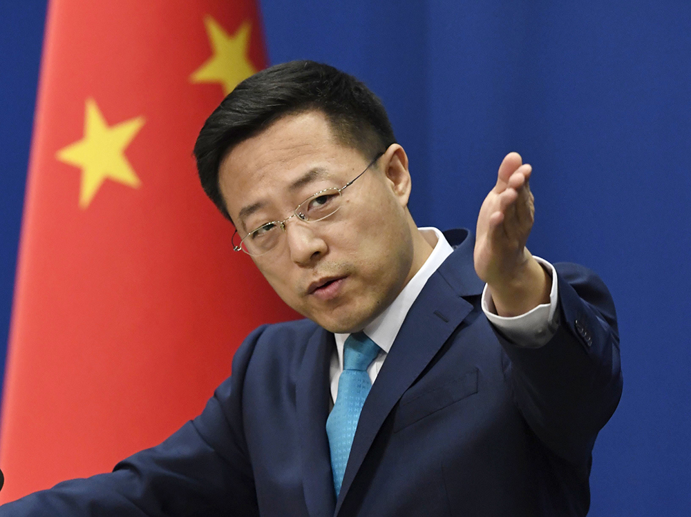 """China avisa EUA: É """"impossível"""" dissociar as economias"""
