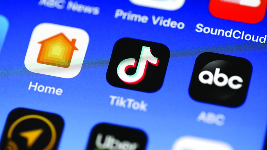Hong Kong | TikTok suspende serviços, enquanto gigantes tecnológicos reagem à Lei da Segurança Nacional