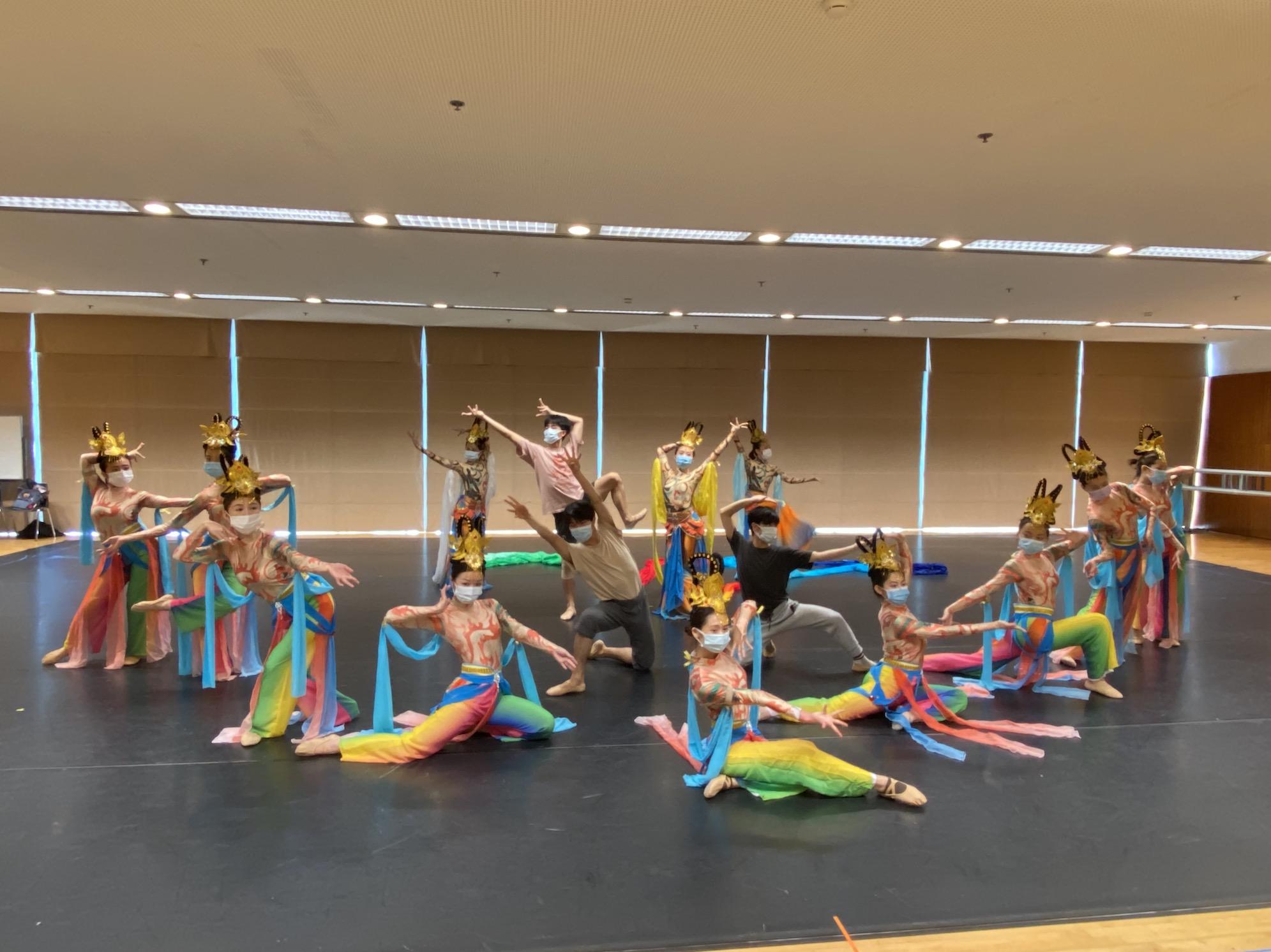 Dança | Companhia Stella & Artists celebra aniversário no palco do CCM