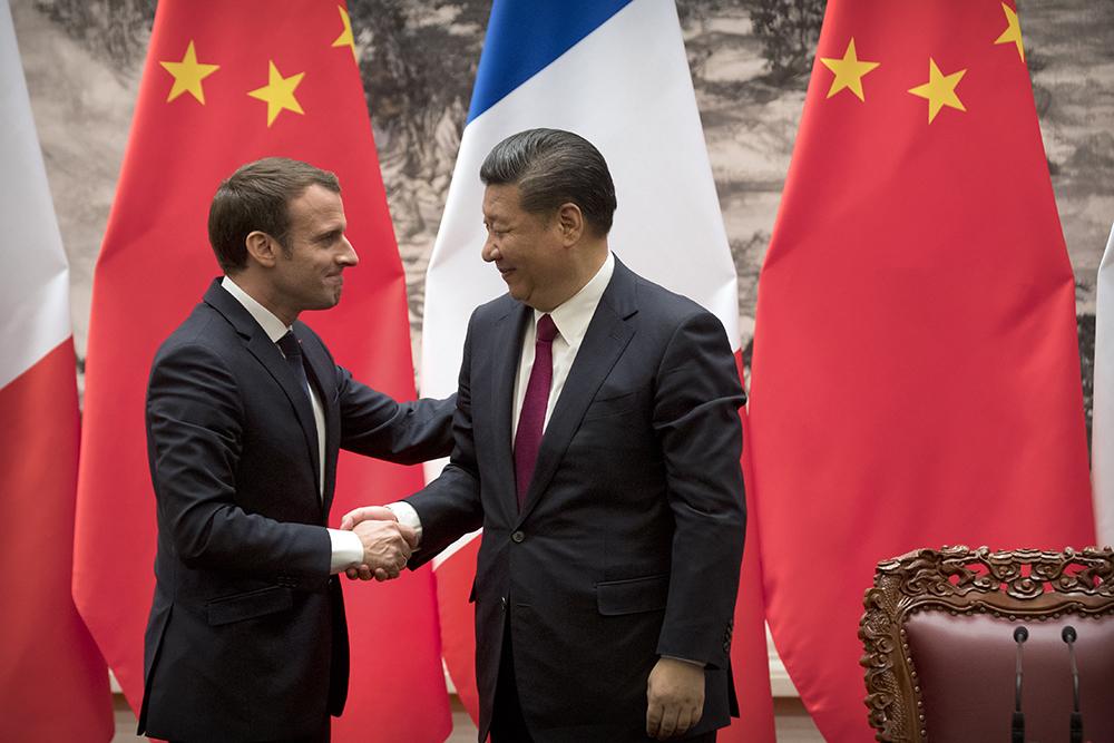 UE | Macron defende reforço das relações com a China