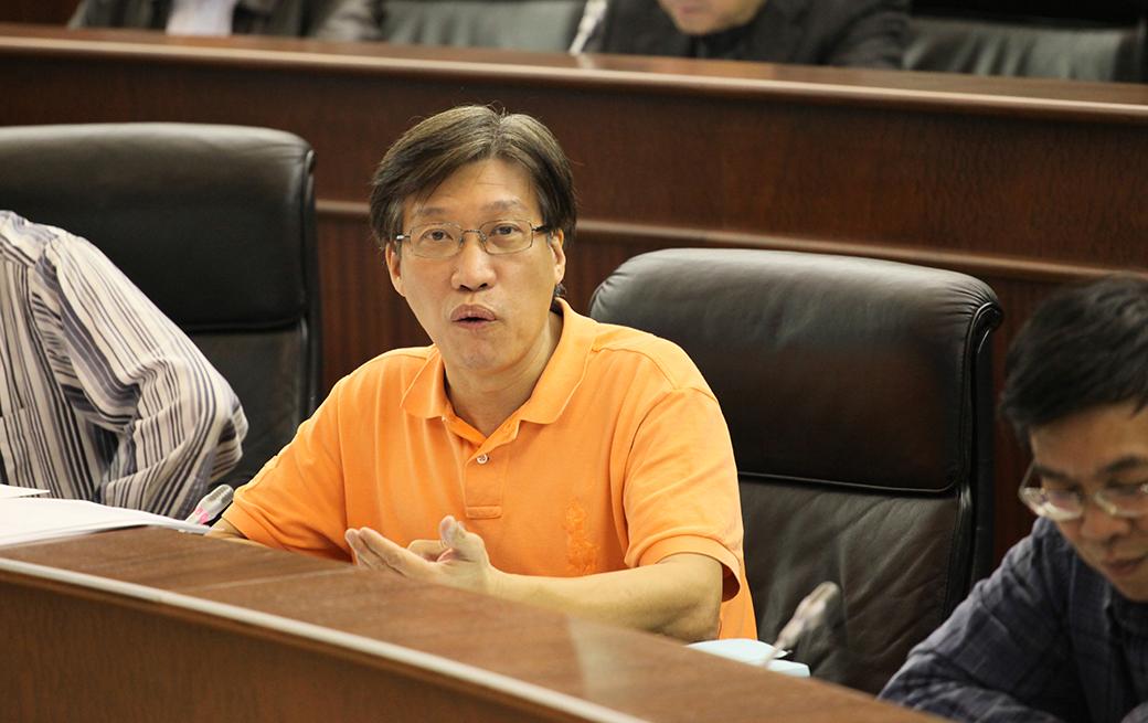 Reforma Política | Au Kam San critica falta de desenvolvimento democrático
