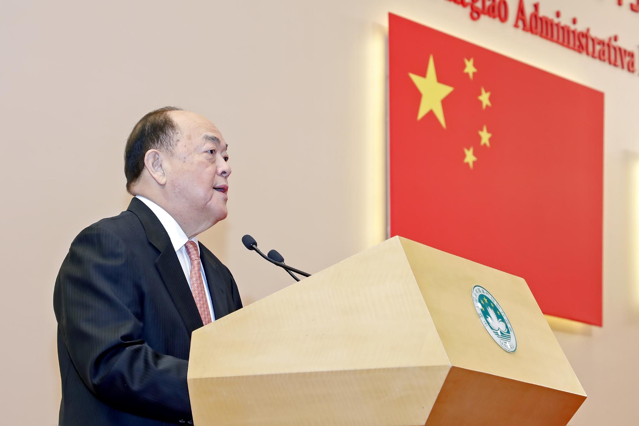 Ho Iat Seng apoia alteração do sistema eleitoral de Hong Kong