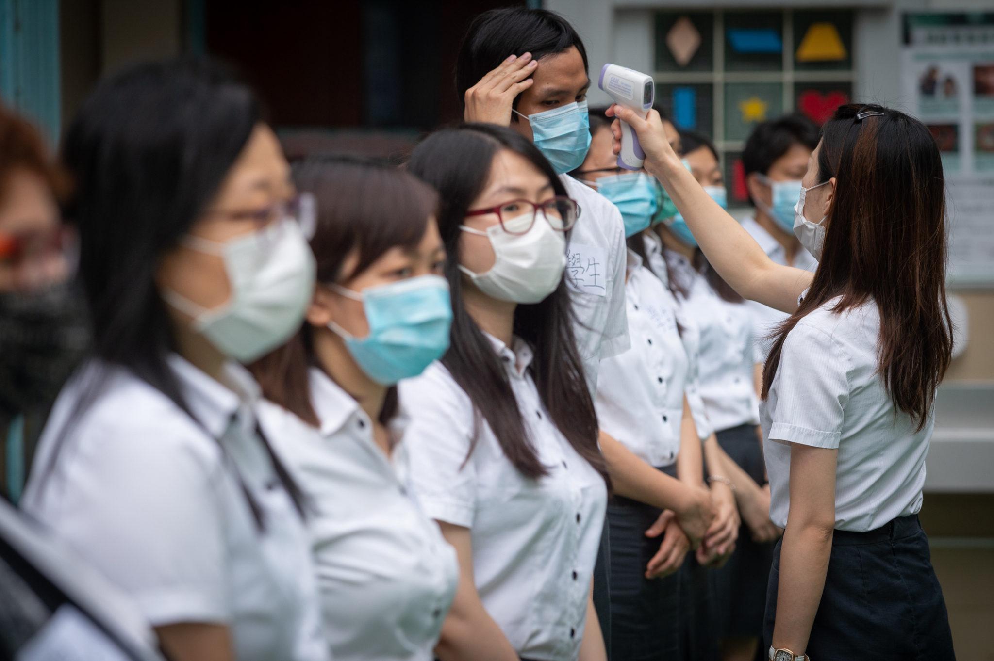 Guangzhou cria escola para estudantes das RAEs