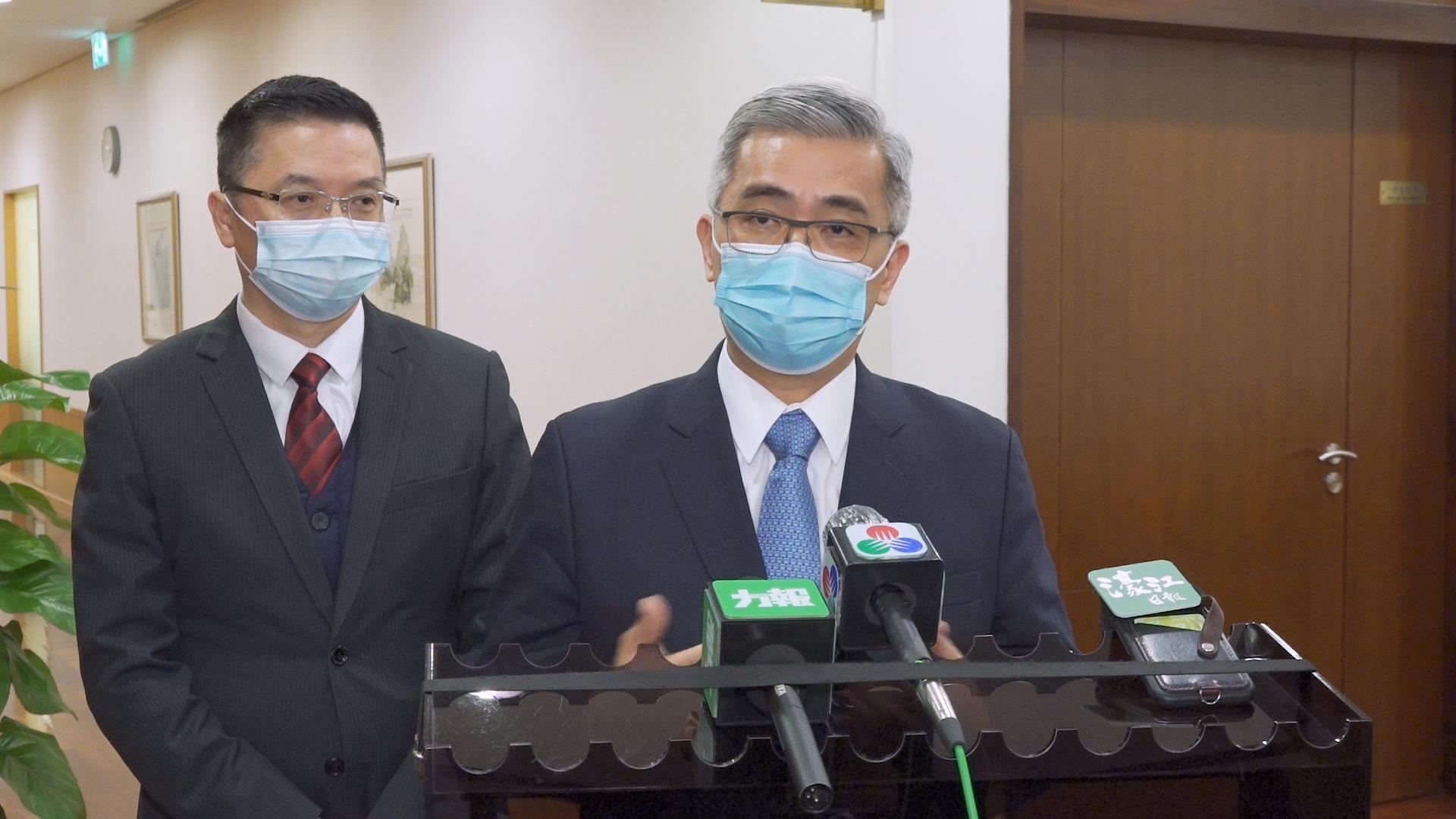 "Eleições | Wong Sio Chak diz que existe ""risco"" proveniente de Hong Kong"
