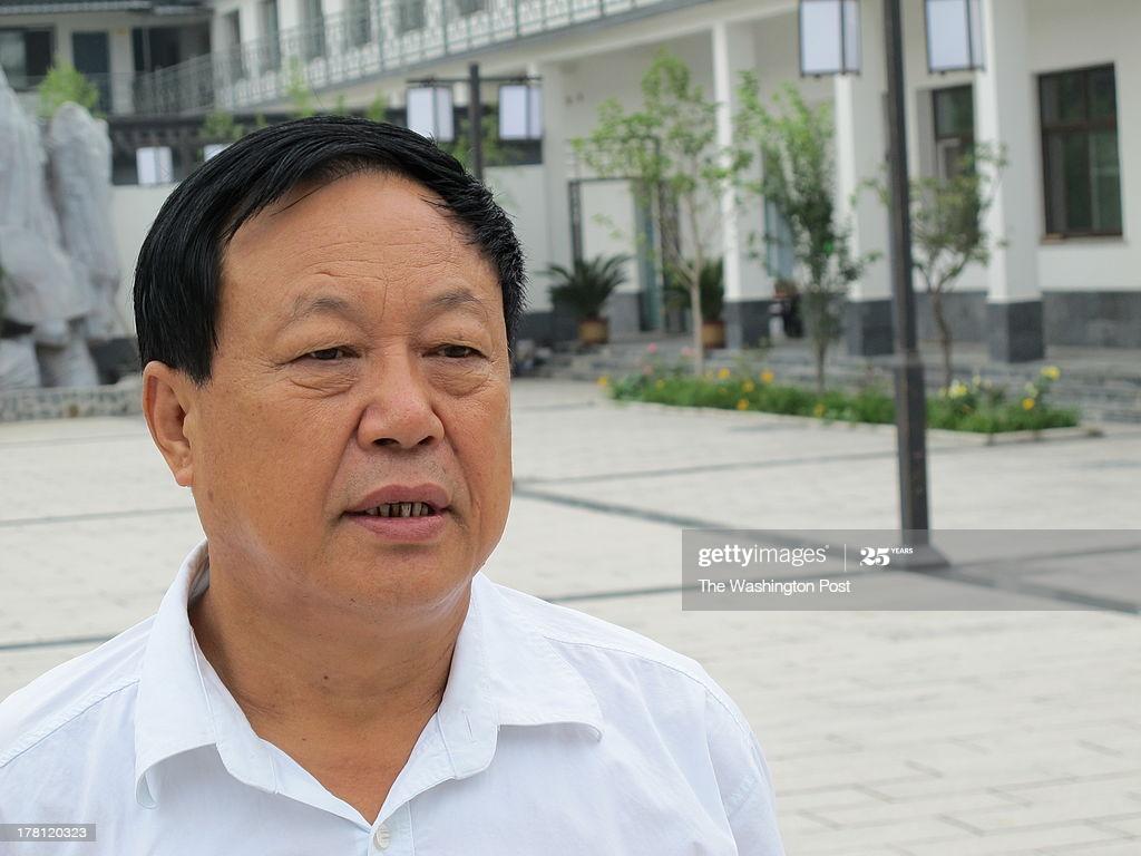 Detido criador de porcos chinês que elogiou advogados de defesa dos Direitos Humanos
