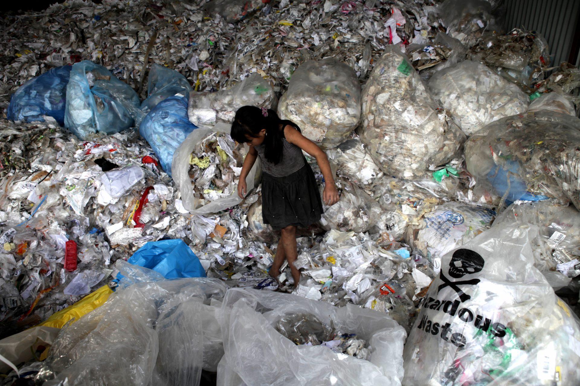 Documentário | Poluição de plástico em debate no auditório da EPM