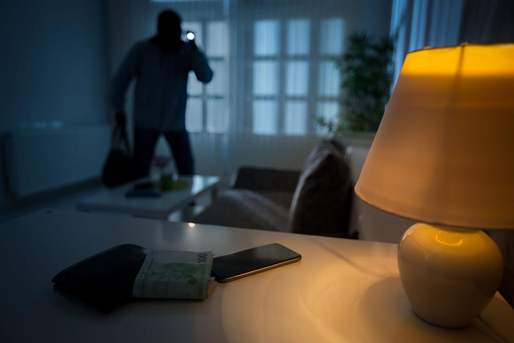 Suspeito de furtar apartamento foi apanhado no regresso a Macau