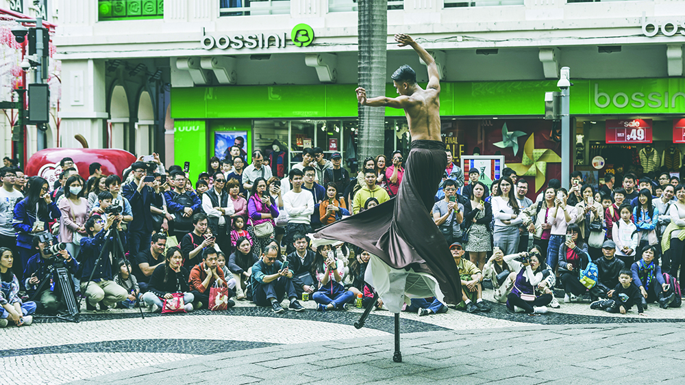 Festival Fringe sai à rua para ensinar Macau a dançar