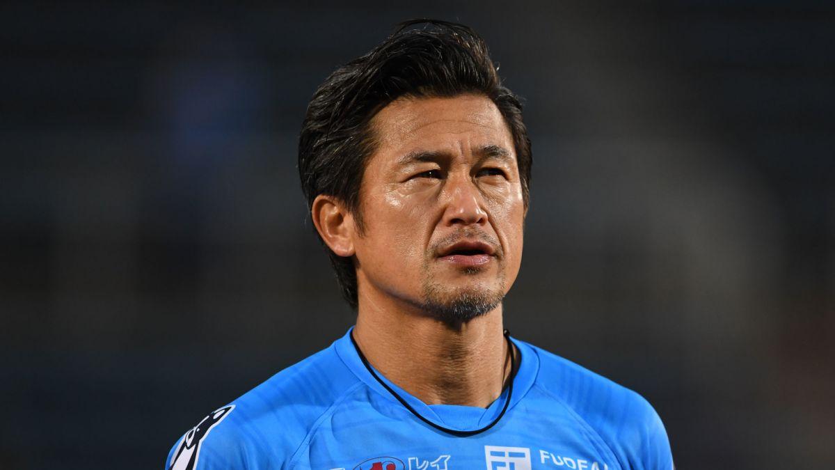 Futebolista japonês Kazuyoshi Miura renova com o Yokohama aos 53 anos