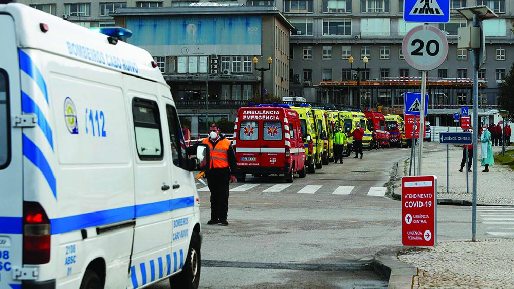 Quarenta ambulâncias em seca