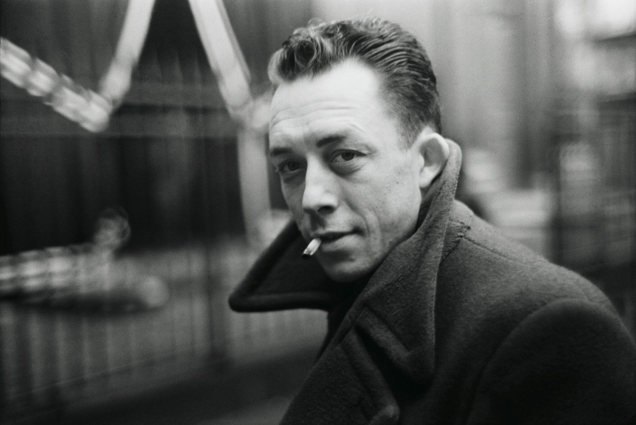 O Tango, Camus e as Gnossiennes