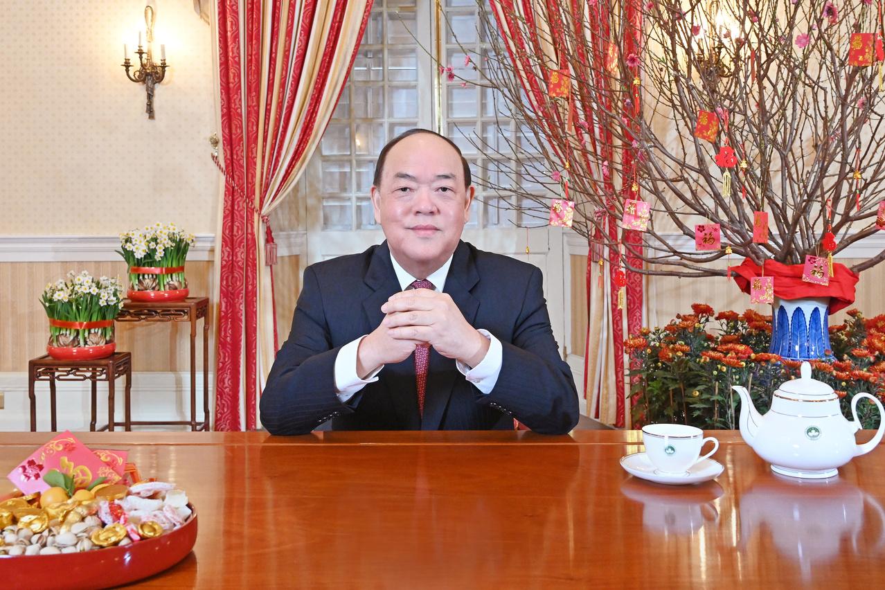 Ano Novo Lunar   Ho Iat Seng comprome-se com firmeza na recuperação económica