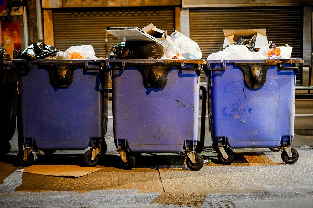 Acumulação de lixo gera mais de 10 mil queixas desde 2019