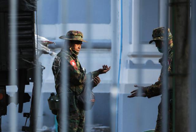Myanmar | ONG fala em mais de 400 mortos desde golpe militar de Fevereiro