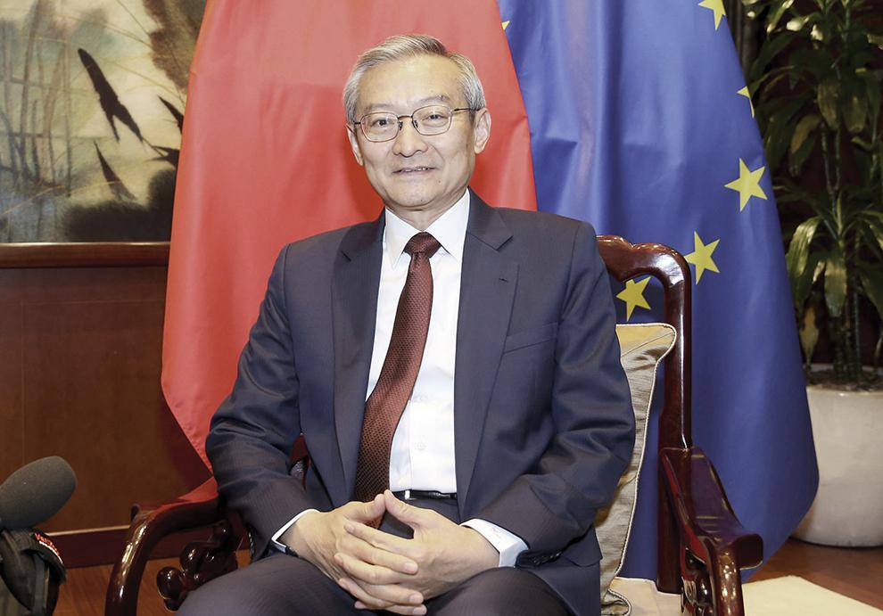 """Zhang Ming, embaixador chinês em Bruxelas: """"Portugal tem vindo a demonstrar um grande respeito pela China"""""""