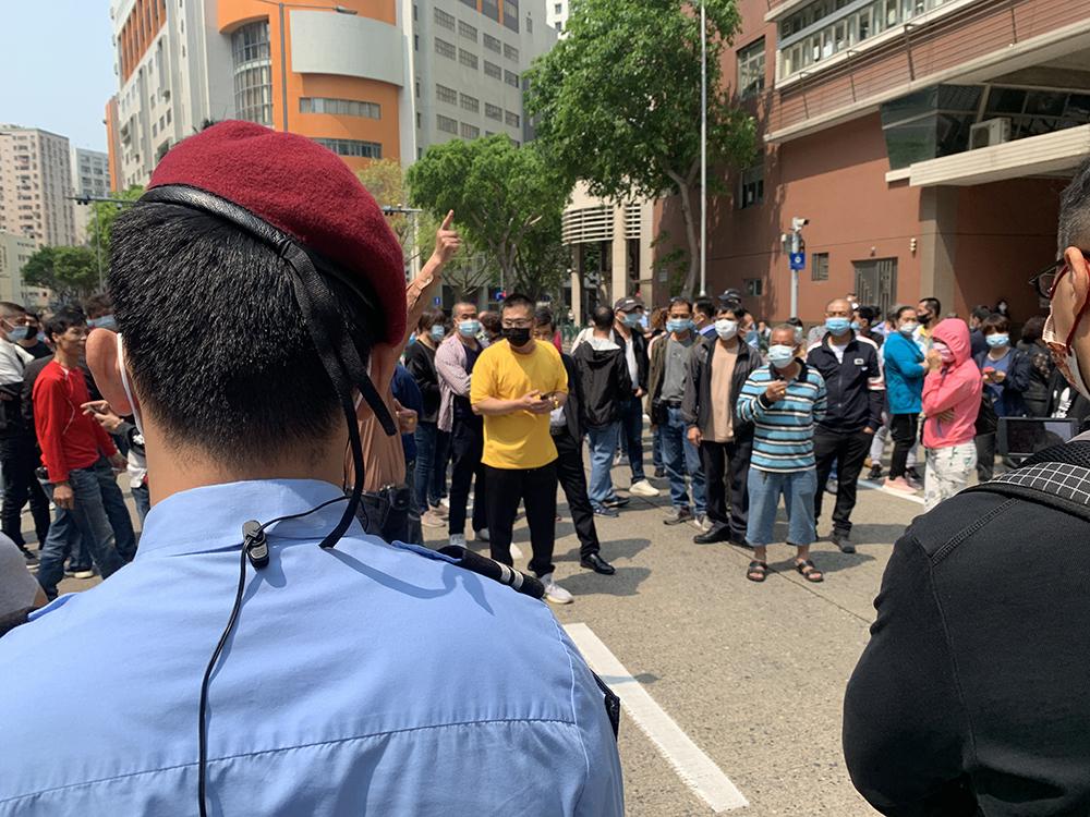 Desemprego | Reunião na DSAL acaba em manifestação e corte de estrada