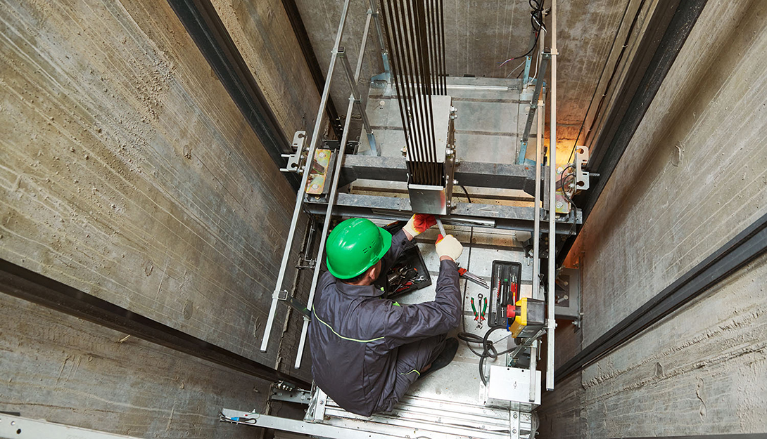 DSSOPT | Governo propõe inspecção anual a ascensores