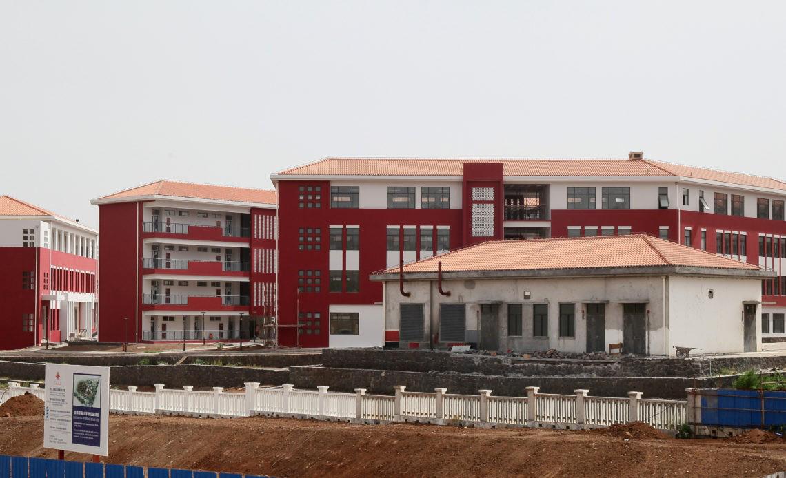 Campus universitário em Cabo-Verde financiado pela China está concluído