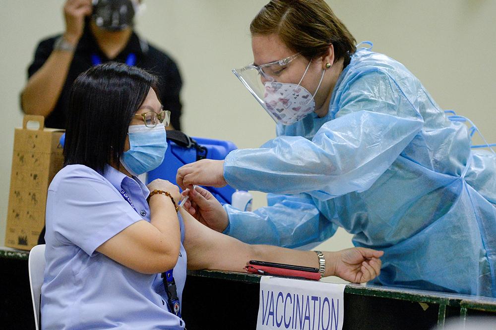Eleições | Candidatos do sector industrial querem vacinação em massa