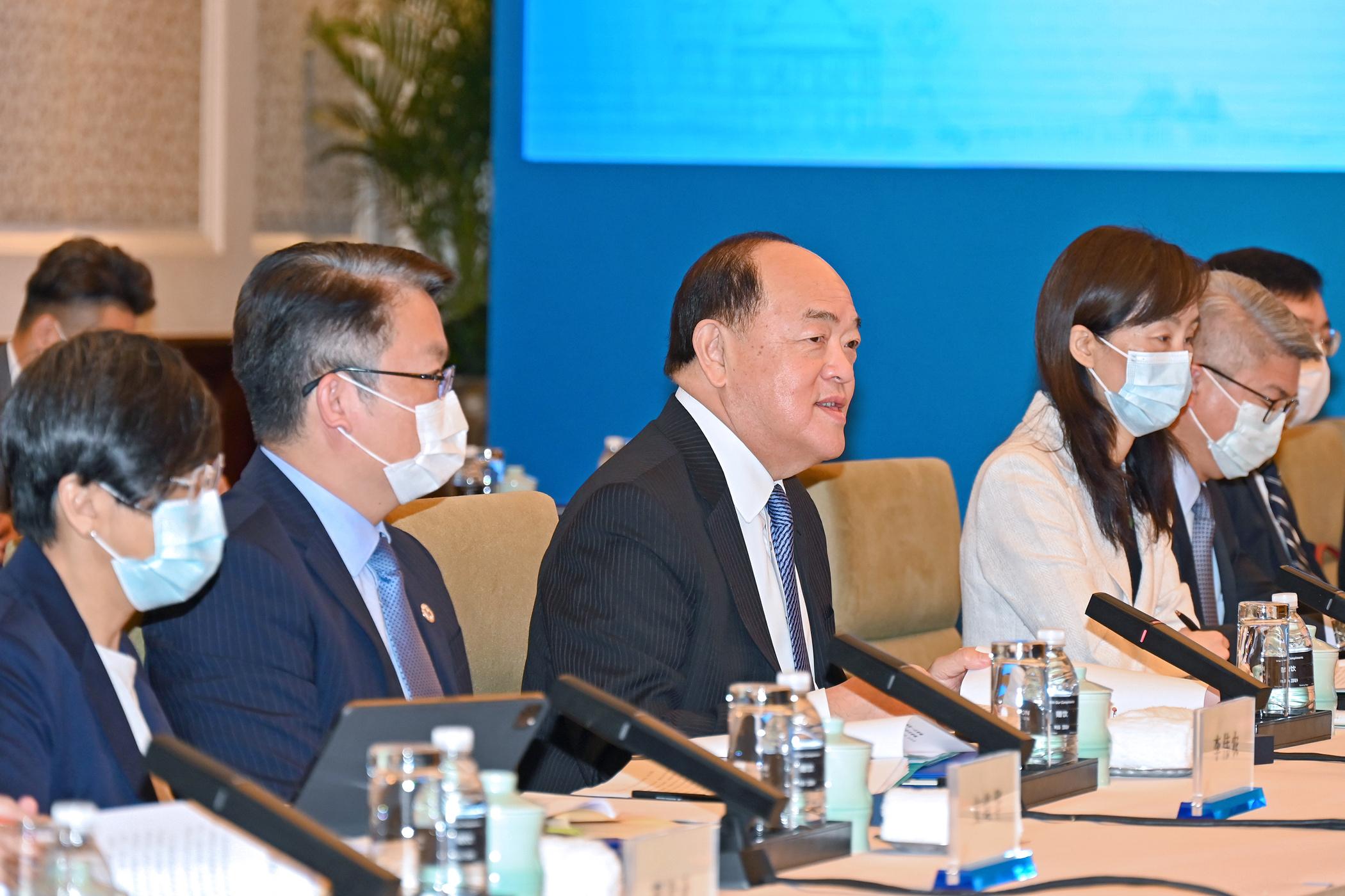 Chefe do Executivo busca em Xangai inspiração para aproveitar Hengqin