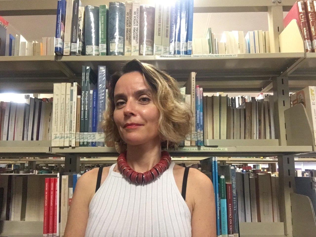 """Ana Saldanha, autora de """"Literatura, Arte e Sociedade em Portugal"""": """"Há falta de perspectiva para compreender o passado"""""""