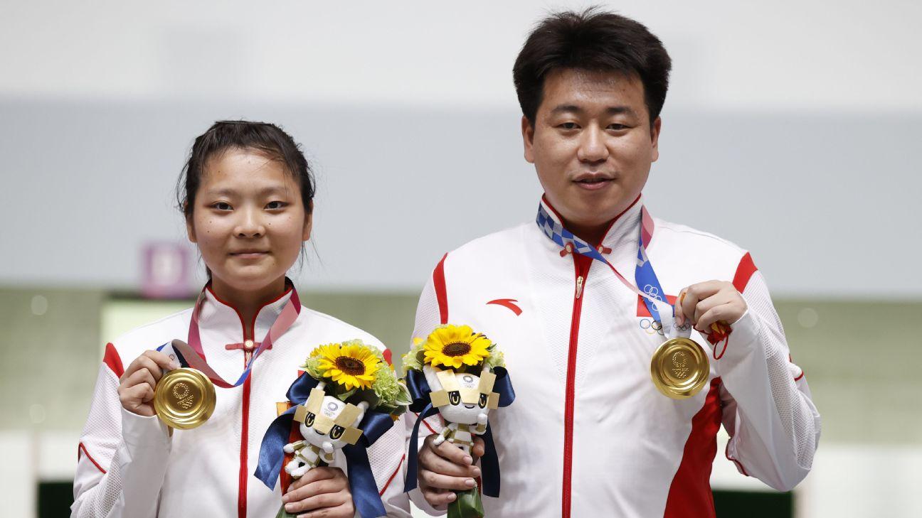 Tóquio 2020 | Atiradores Jiang e Pang dão à China primeiro ouro por equipas mistas