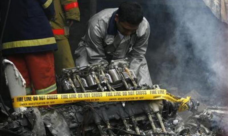 Várias pessoas resgatadas de avião militar que se despenhou nas Filipinas