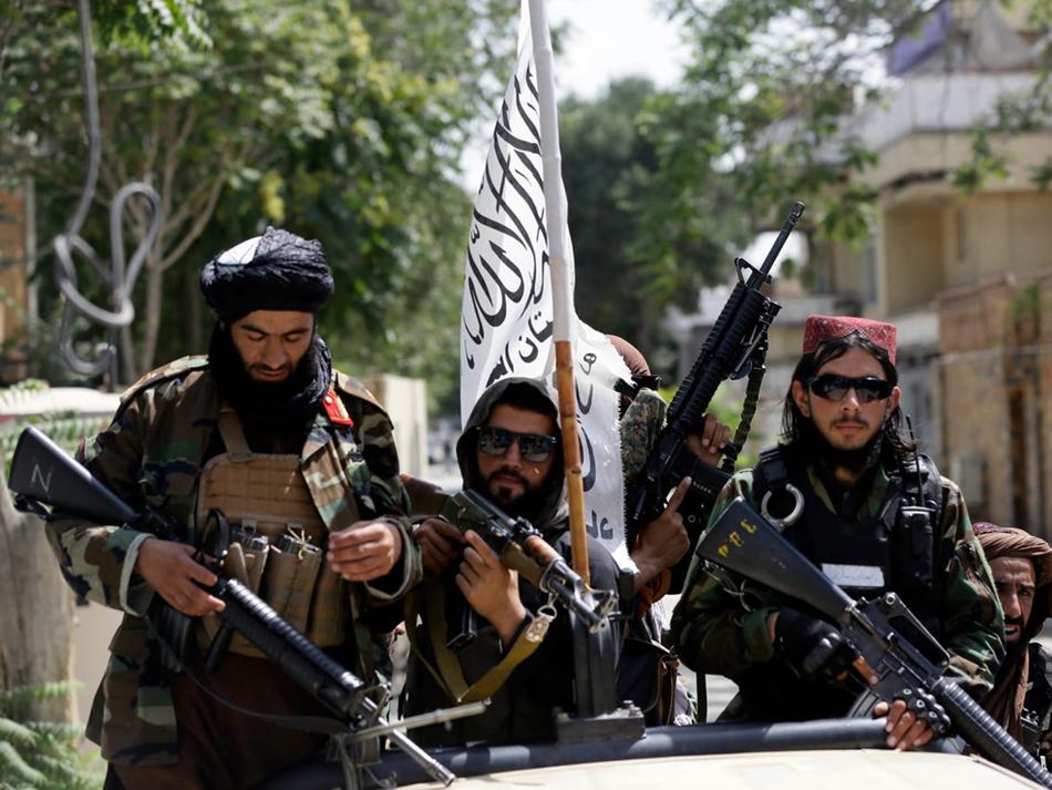 """Talibãs querem manter relação """"muito sólida"""" com a China"""