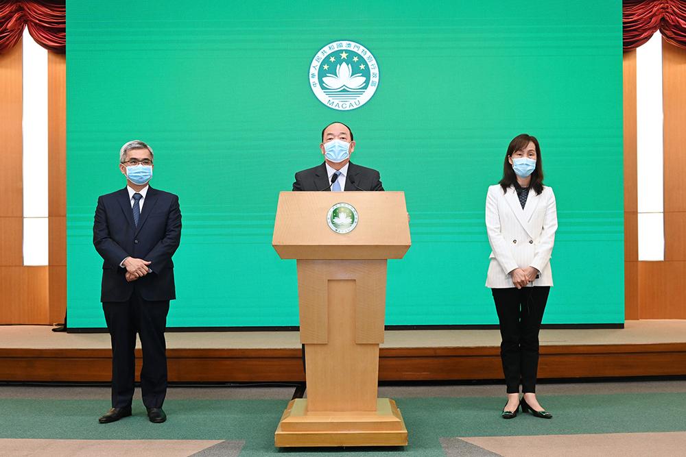 Surto | Ho Iat Seng diz que normalidade pode voltar em 14 dias