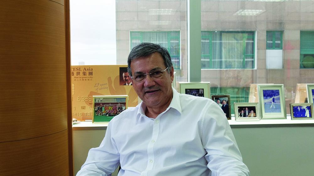 """António Trindade, Presidente e Director Executivo da CESL-Ásia: """"É em Macau que a gente se entende"""""""
