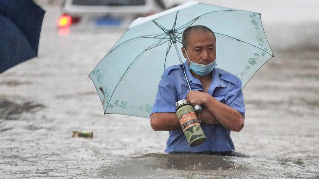 Previstos atrasos na recuperação da economia chinesa devido a vírus e inundações