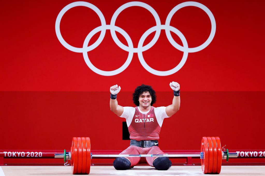 Tóquio 2020 | Halterofilista El-Bakh ganha primeiro 'ouro' olímpico de sempre do Qatar