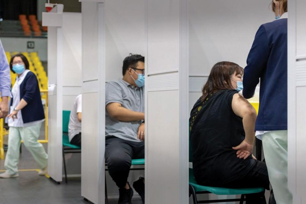 Governo diz que não obriga ninguém a ser vacinado contra a covid-19