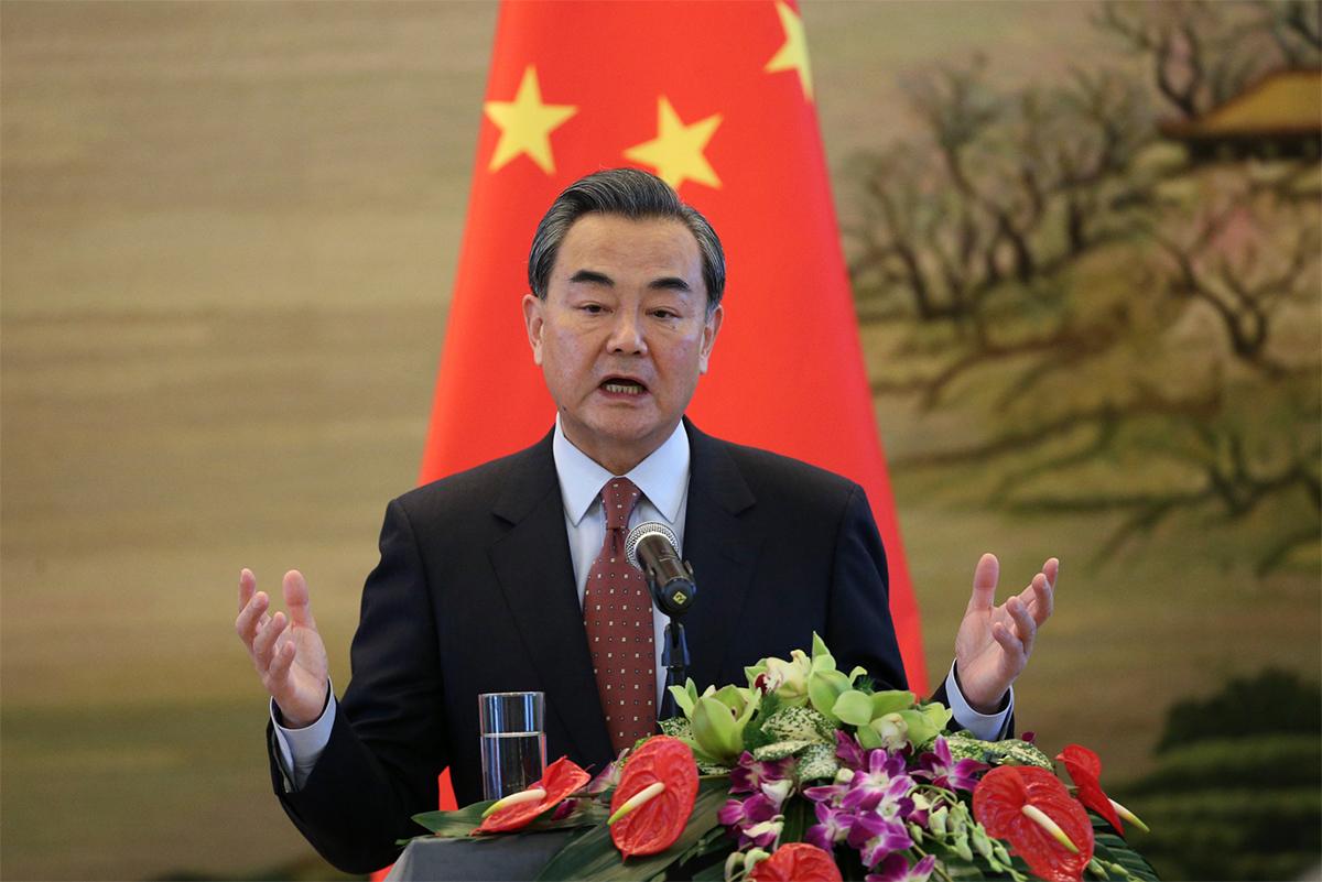 China pede à Rússia, Irão e Paquistão trabalho conjunto no Afeganistão